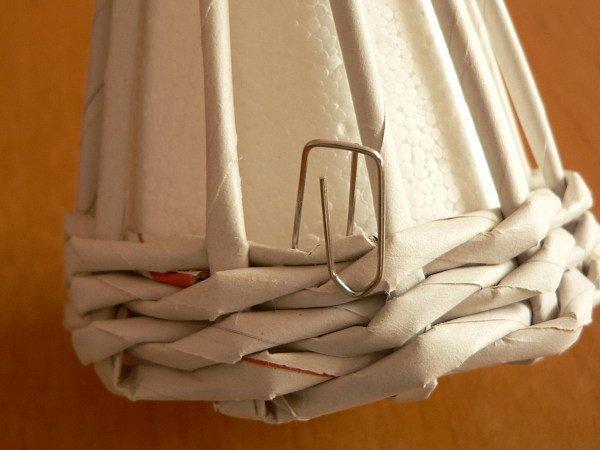 Fotopostup na papierové pletenie - pletený stromček I. 4