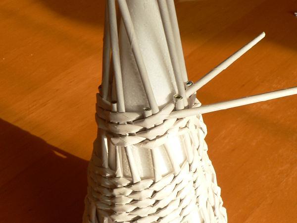 Fotopostup na papierové pletenie - pletený stromček I. 8