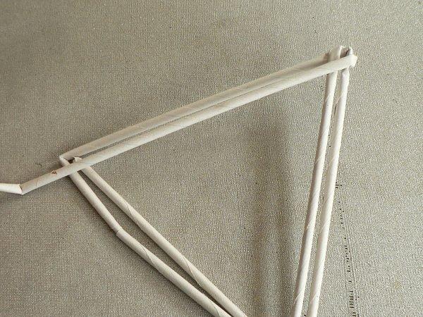 Fotopostup na papierové pletenie - pletený stromček II. 5