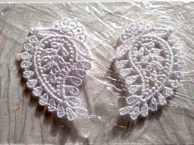Ako vyrobiť krajkové svadobné náušnice 4