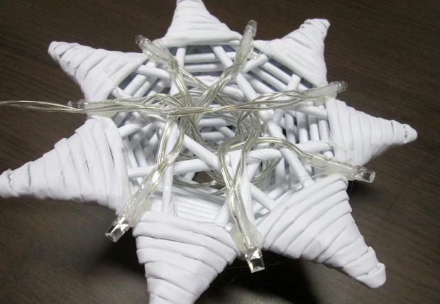 Fotopostup na svietiacu vianočnú hviezdu z papletu 25