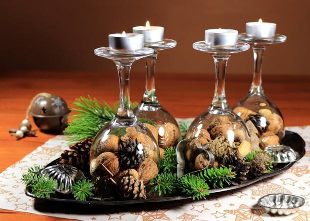 Štyri jednoduché a rýchle adventné svietniky v pohároch 1