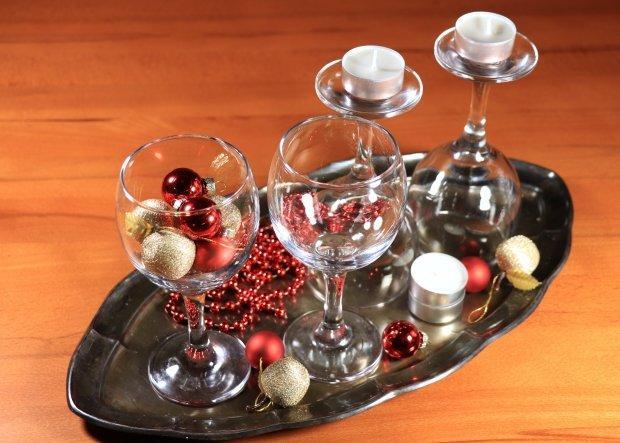 Štyri jednoduché a rýchle adventné svietniky v pohároch 4