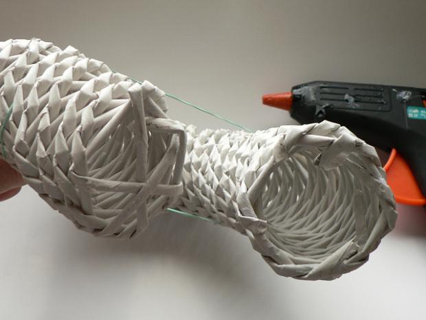 Fotopostup na papierové pletenie - pletený venček 14