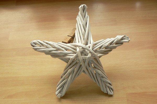 Fotopostup na papierové pletenie - pletená päť a šesťramenná hviezda 10
