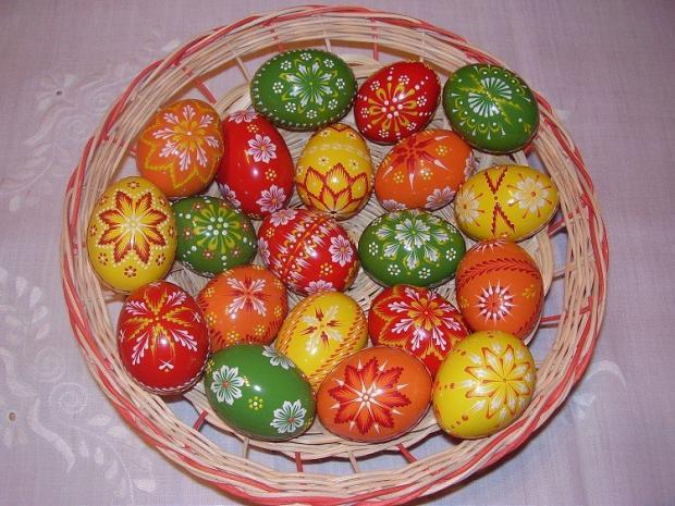 V jarných farbách, Veľkonočné dekorácie