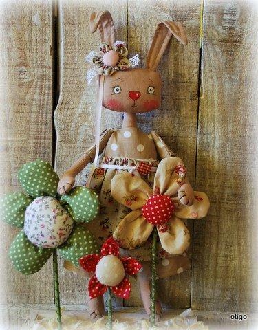 zajačka v záhrade, Bábiky a hračky
