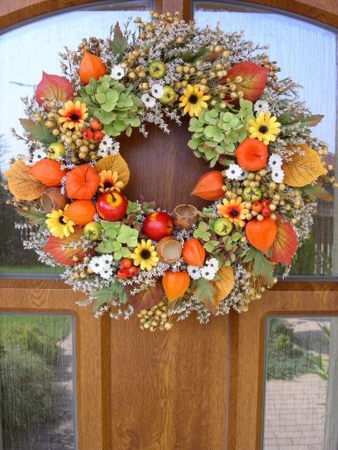 Jesenný veniec y s jabĺčkami, Aranžovanie