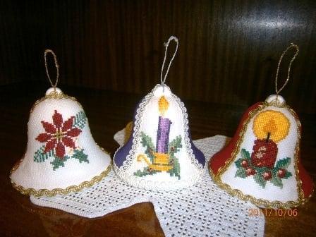 Vyšívané vianočné zvončeky