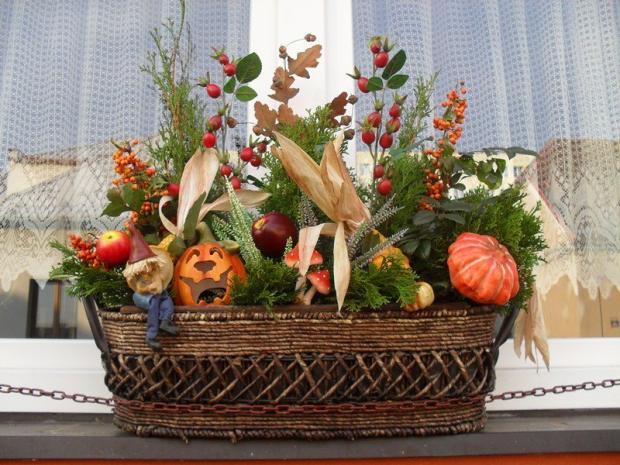 Podzimní okno, Aranžovanie