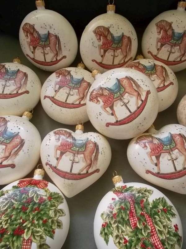 Vianočné gule zdobené decopage