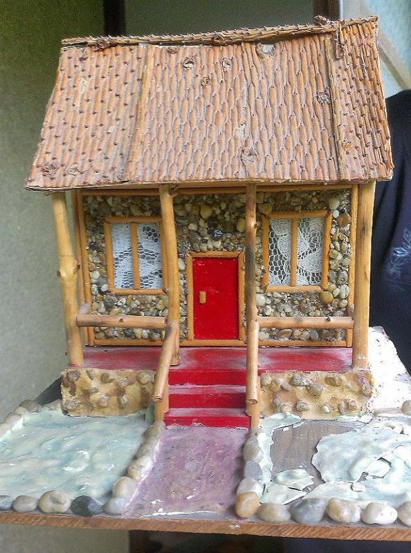 Takéto domčeky vyrábal môj starý otec, Zo starej truhlice