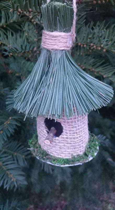 Búdky pre vtáčikov z roliek toaletného papiera , Bývanie 2