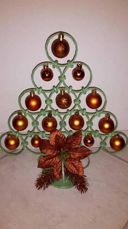 c6b391439 Vianočný stromček trošku inak, Papierové pletenie | Artmama.sk