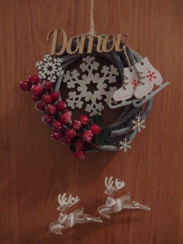 Vianočný venček pre svokrovcov, Vianočné dekorácie