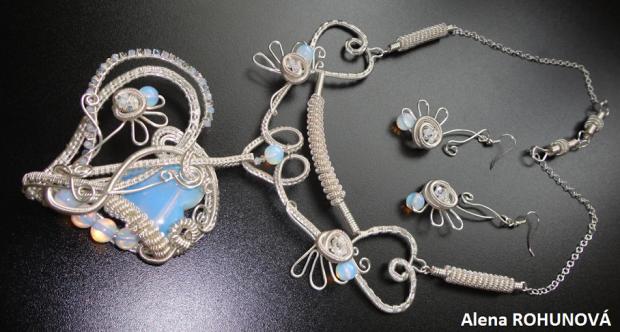 """Autorská sada šperkov """"Srdcová záležitosť"""", Drôtovanie"""