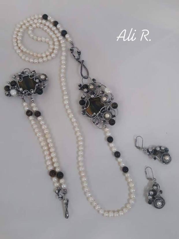Nadčasová elegancia... riečne perly a sokolie oko, Drôtovanie 2