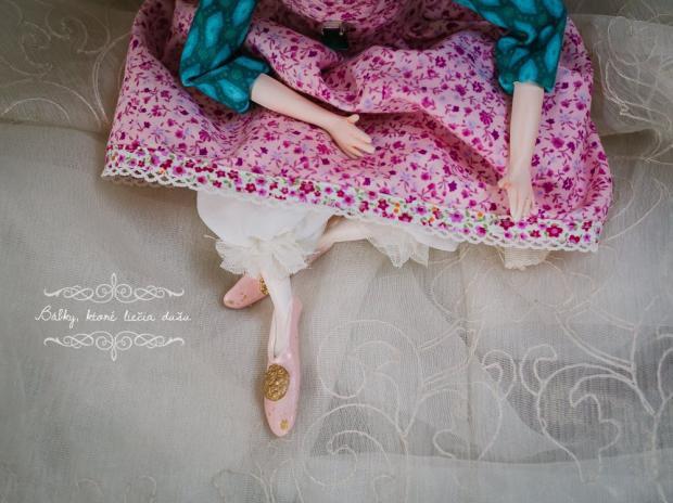 Bábka Matilda, Bábiky a hračky 2