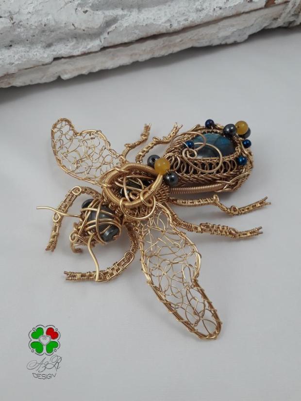 Včela - Zlatý poklad prírody, Drôtovanie 3