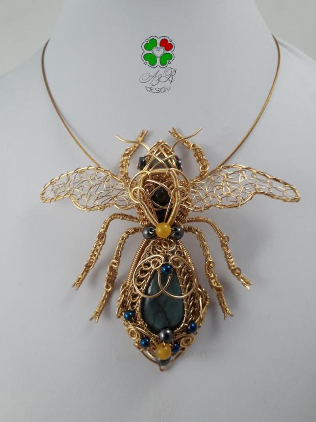 Včela - Zlatý poklad prírody, Drôtovanie 2