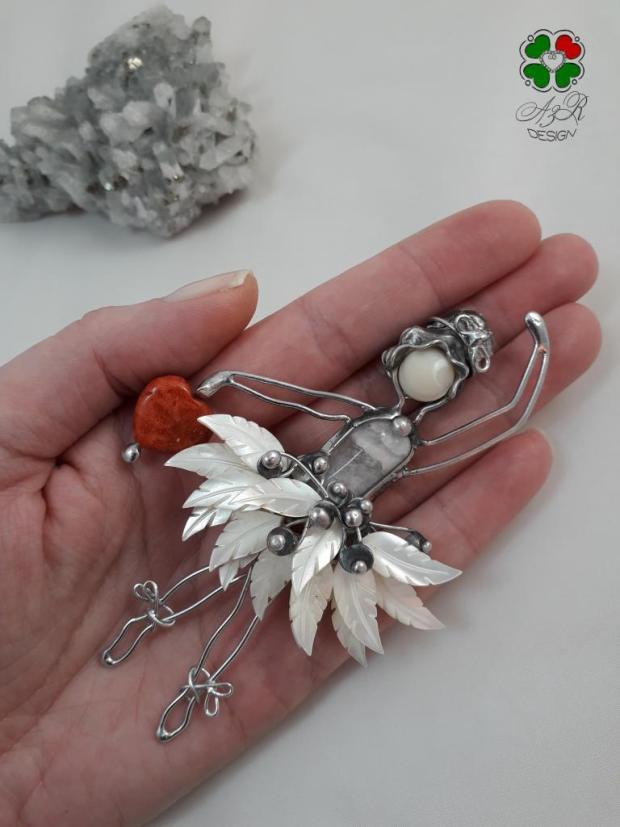 BALETKA - malá milá dekorácia - malý šperk do interiéru , Drôtovanie 3