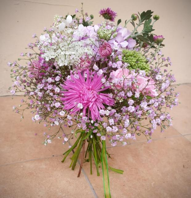 Malá a veľká ružová kytica, Aranžovanie 4