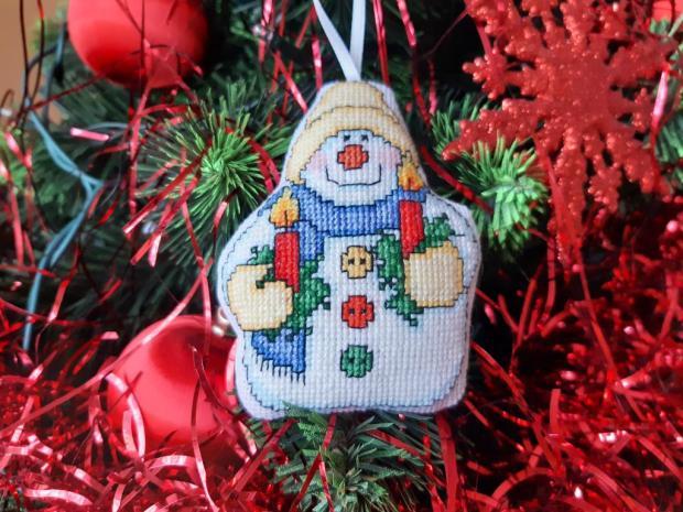 vyšívana vianočná ozdoba, Vianočné dekorácie