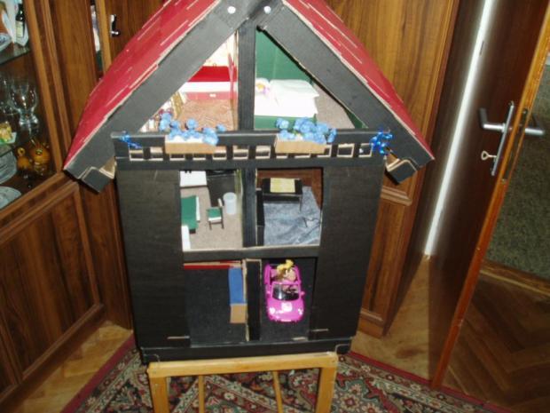Domeček pro panenky Evičky, Bábiky a hračky