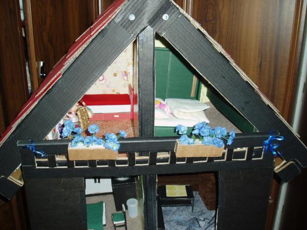 Domeček pro panenky Evičky, Bábiky a hračky 2