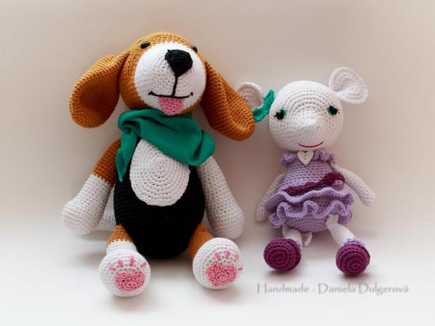 Háčkovaný pes a myš, Bábiky a hračky
