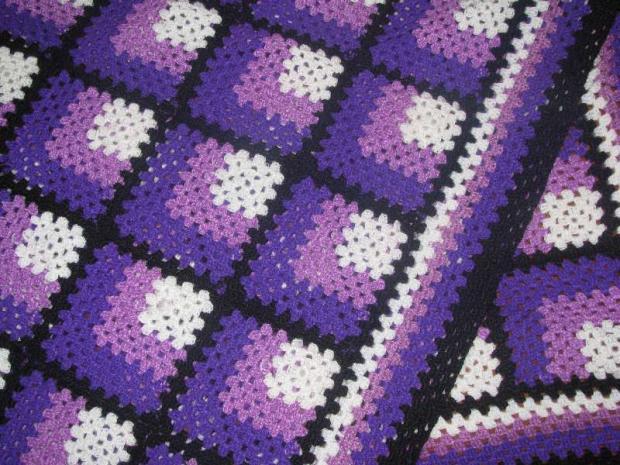 ešte jedna deka do fialova, Háčkovanie