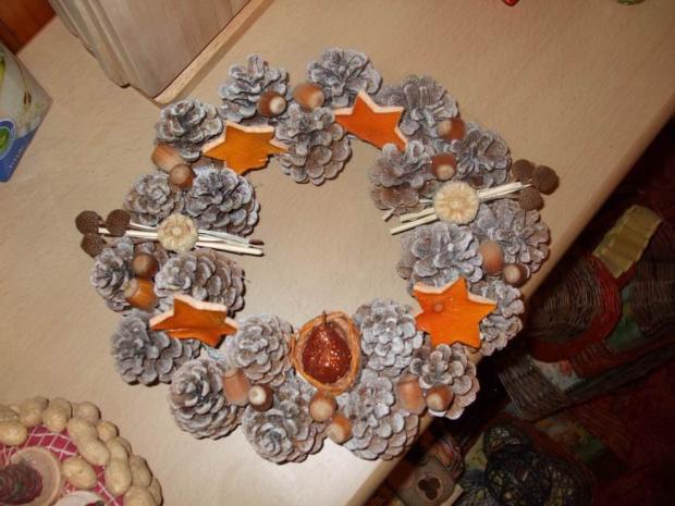 venček zo šišiek, Vianočné dekorácie