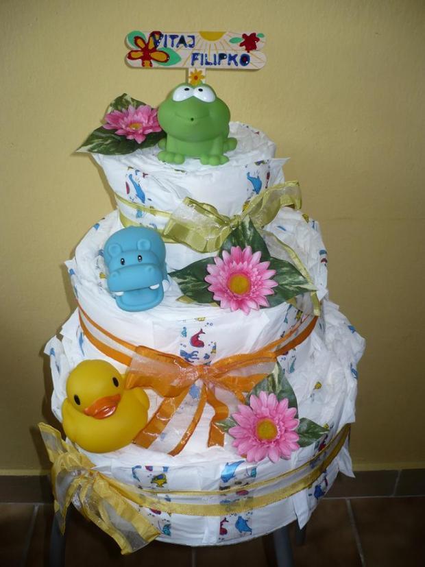Poschodová plienková torta so zvieratkami pre chlapčeka