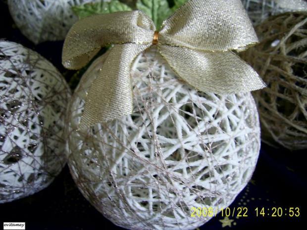 vianočné gulky z nití, Vianočné dekorácie