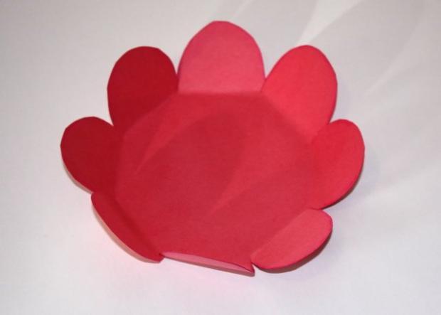 Kvetinkový košíček 13