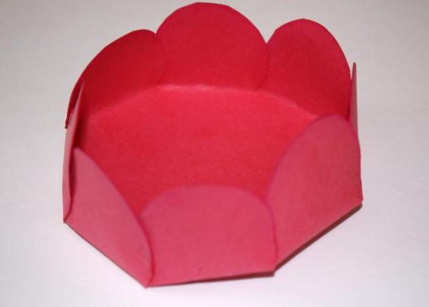 Kvetinkový košíček 16