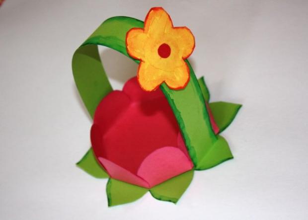 Kvetinkový košíček 20