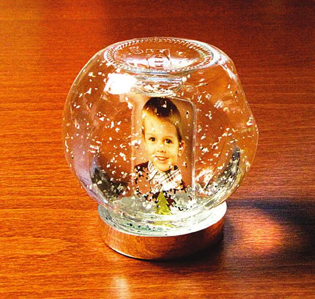 Čarovná snehová guľa zo skla - foto postup