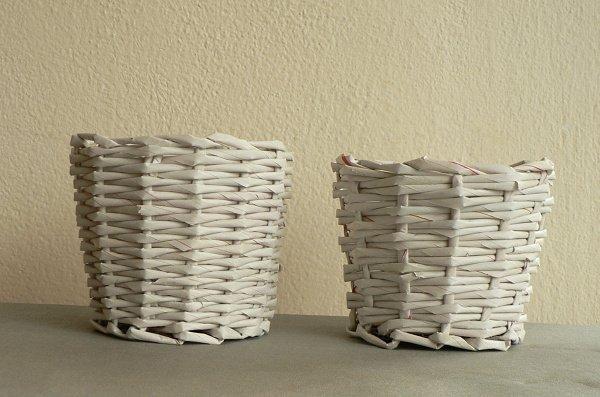 Papierové pletenie - dva obaly bez povrchovej úpravy pletené plátnovou  väzbou. 8ddf7491dd3