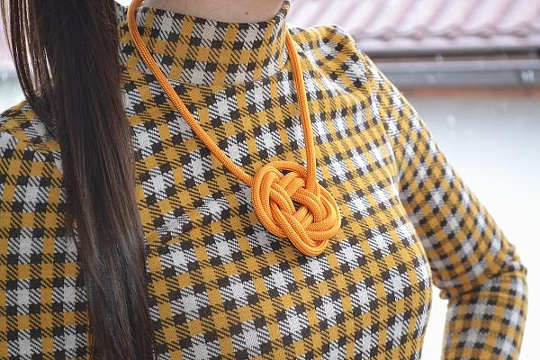 Náhrdelník z lana alebo šnúry I. - foto postup