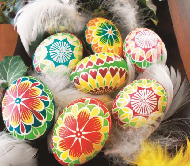 Fotopostup na batikované veľkonočné vajíčka