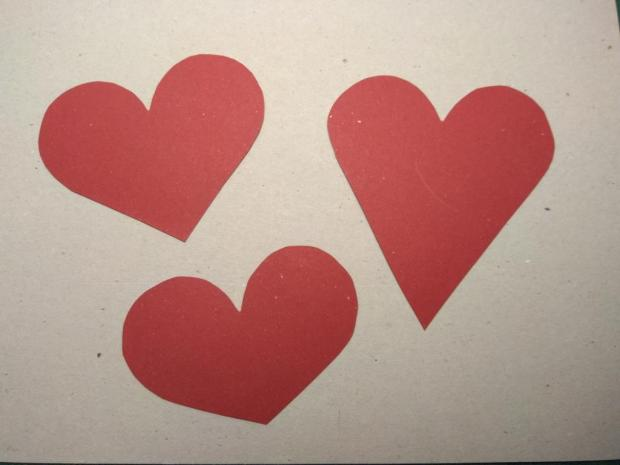 Video: Ako nakresliť srdce - foto postup