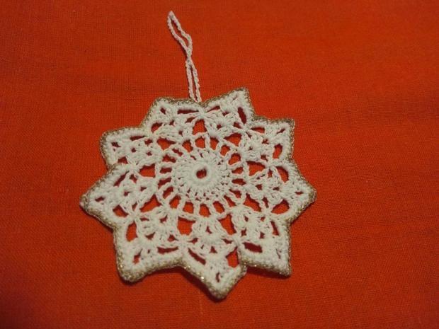 Háčkovaná vianočná hviezda na stromček - foto postup