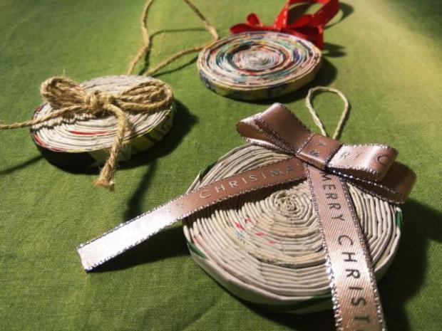 Vianočná ozdoba - pletenie z papiera pre úplných začiatočníkov - foto postup
