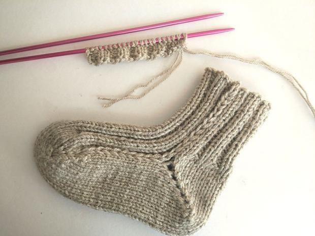 Ponožky pletené na dvoch ihliciach - foto postup