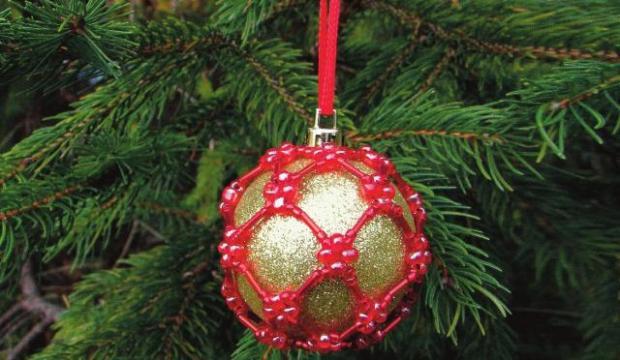 Korálková vianočná guľa - foto postup