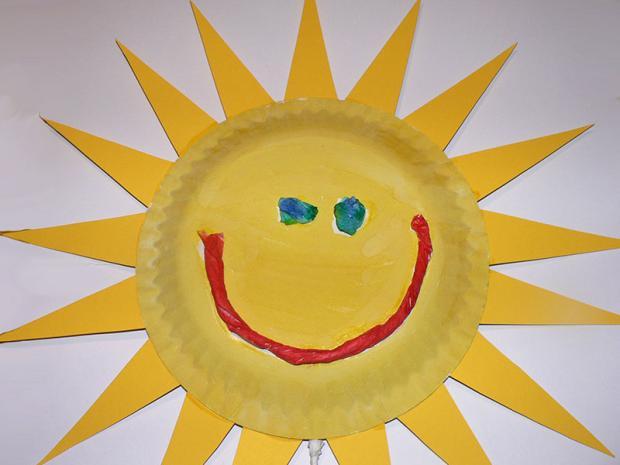Slnko z papierového taniera - foto postup