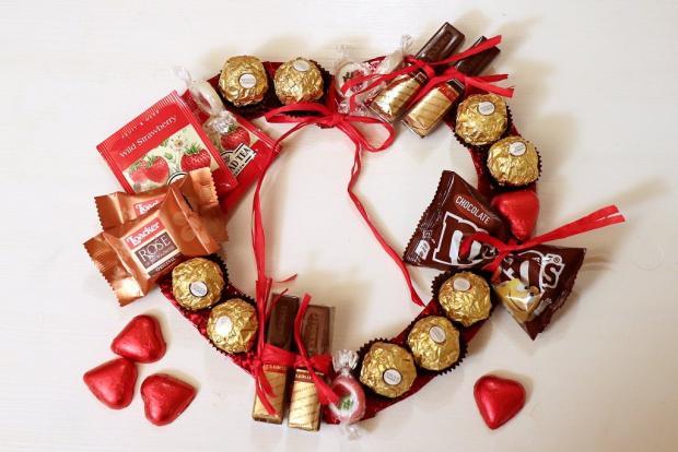 Postup na sladký valentínsky veniec - foto postup