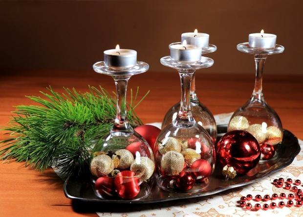 Štyri jednoduché a rýchle adventné svietniky v pohároch - foto postup