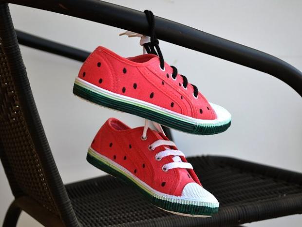 Melónové tenisky - foto postup